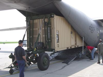 Dolly-set-mobilizer-for-transporting-and-loading-tactical-shelters-military